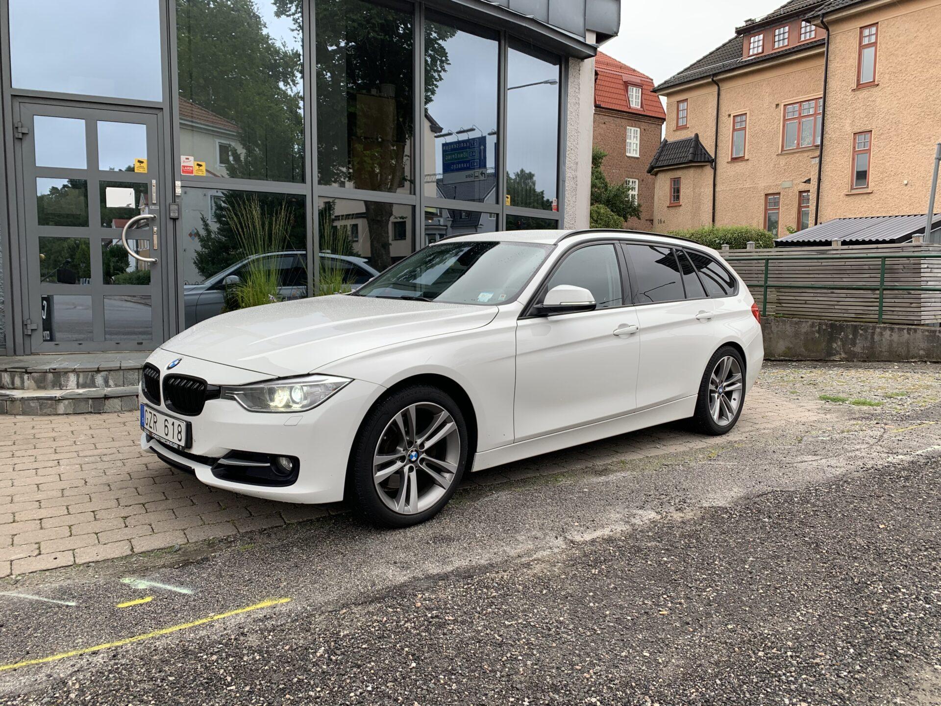 BMW 328 i Touring Sport line 245hk / Drag