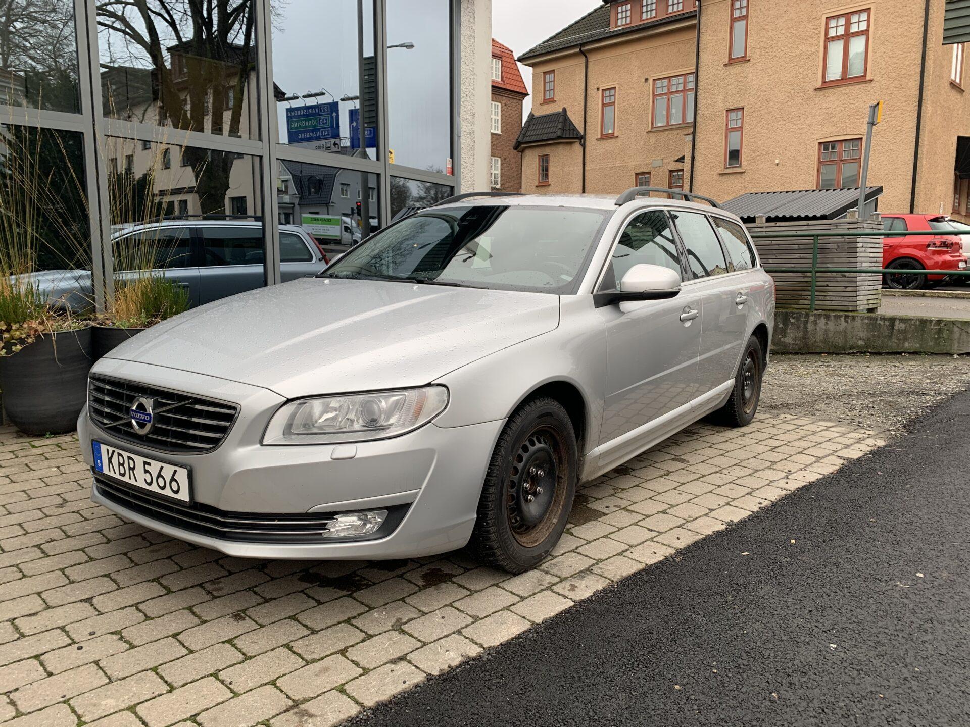 Volvo V70 D4 Momentum 181hk / Drag / V-hjul