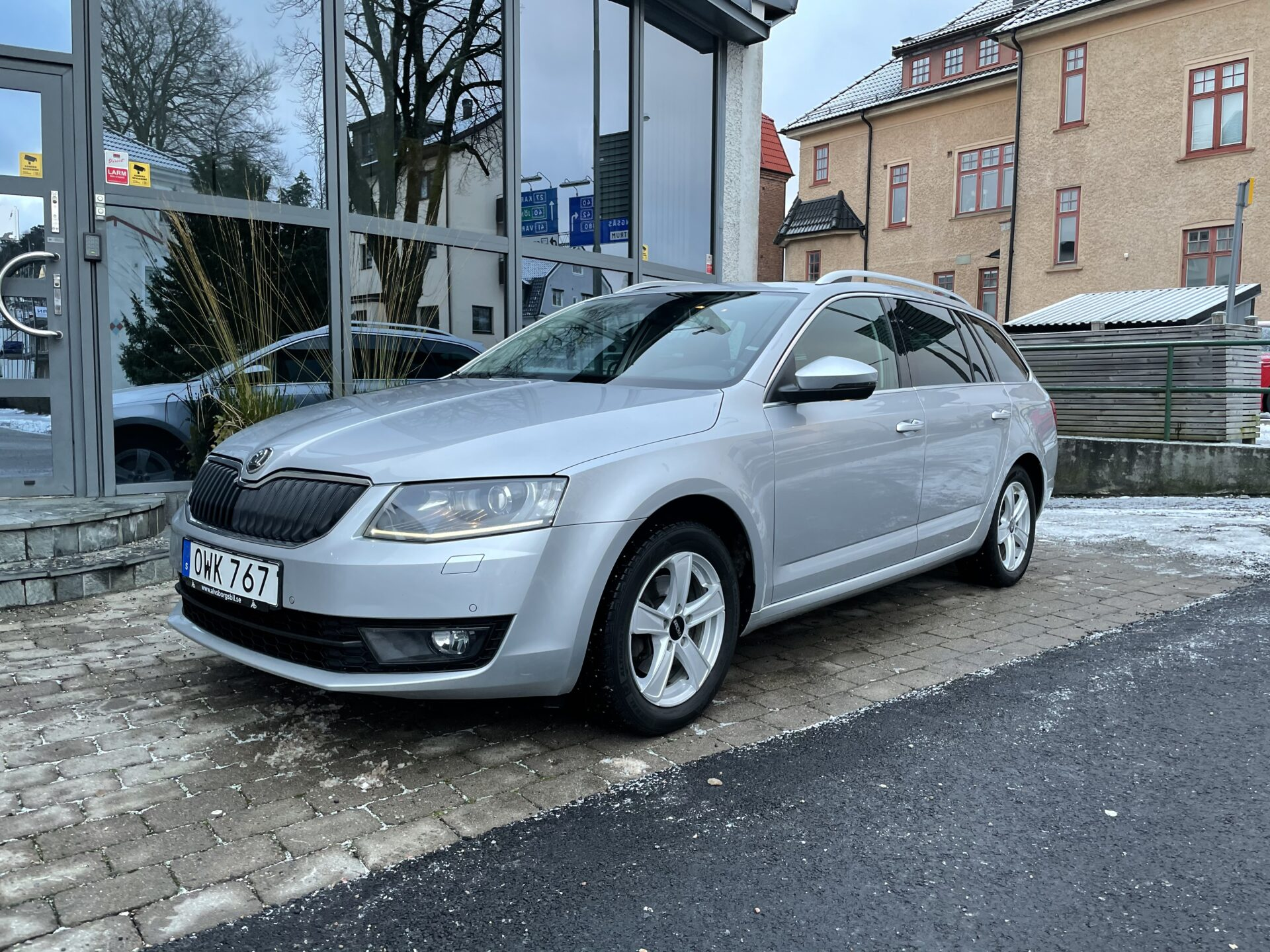 Skoda Octavia Kombi 1.4 CNG 110hk Elegance / Panorama/V-hjul